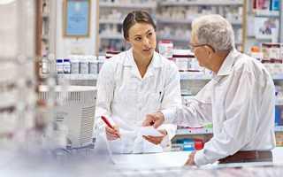 Почему возникает боль в бедре: причины и основные методы лечения