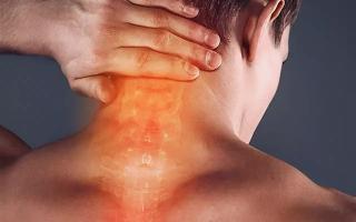 Почему тянет мышцы шеи и что с этим делать