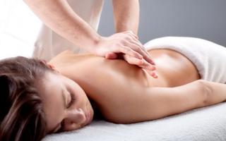 Боли при сколиозе грудного отдела позвоночника симптомы и лечение