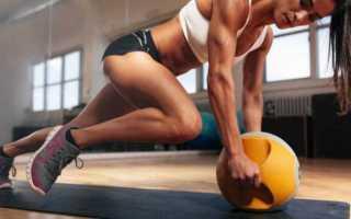 Сгибание и разгибание ног в тренажере лежа: преимущества упражнения и вариации