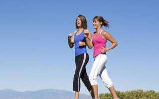 Вис на турнике: польза для позвоночника, какие мышцы работают
