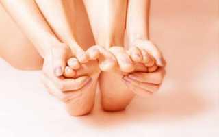 Выполнение гимнастики от косточек и шишек на ногах