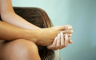 Что делать при переломе мизинца на ноге и как правильно проводить лечение?